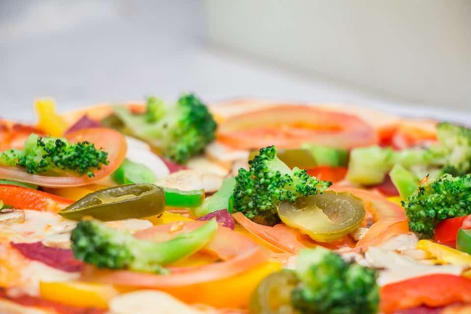 Międzynarodowy Dzień Pizzy – sprawdź promocje w lokalach