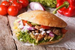 Jak smakuje prawdziwy kebab turecki?